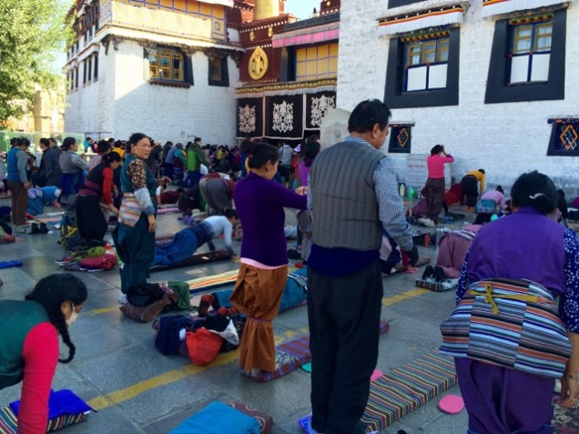 Tibet more prostration